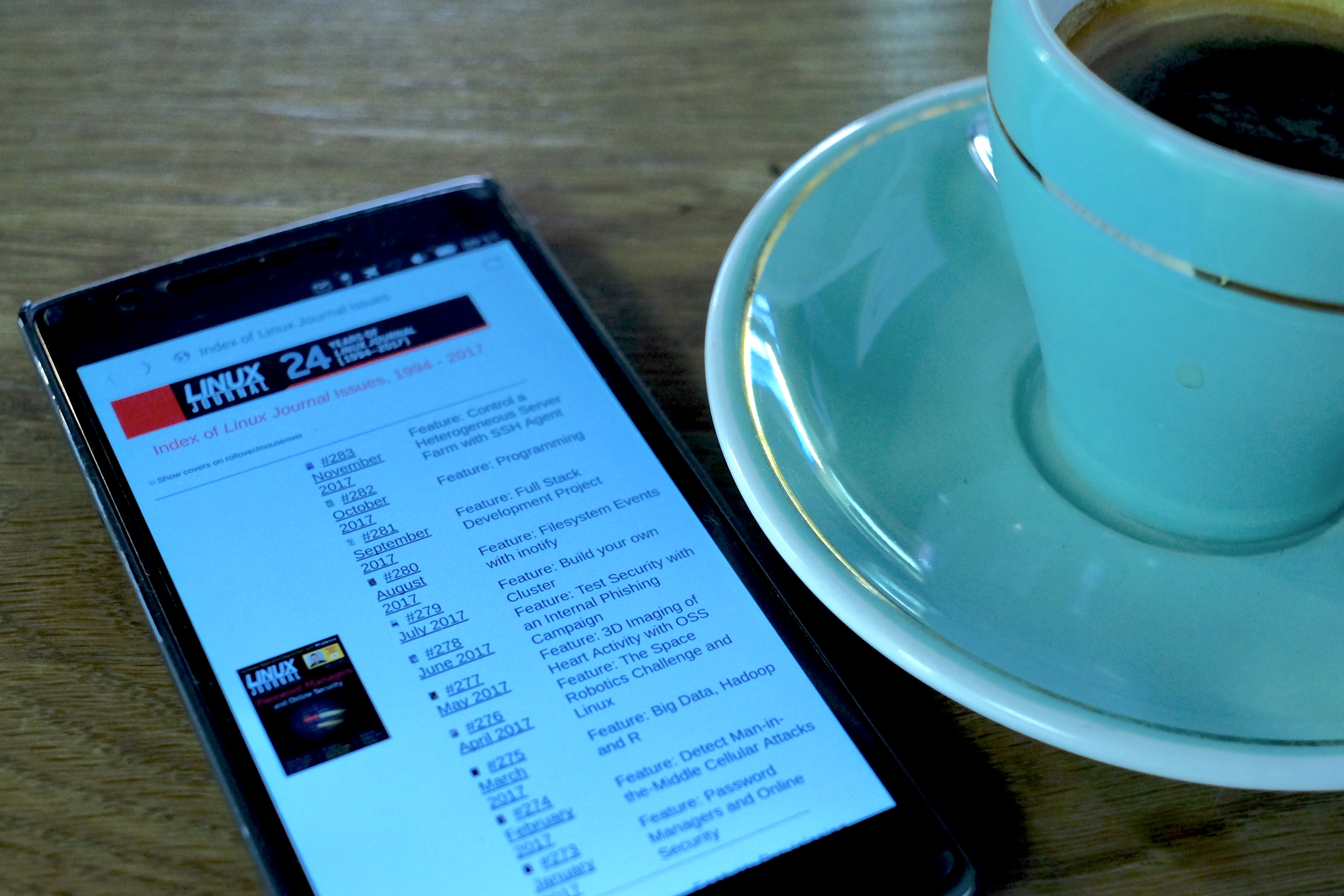 Linux Journal on Ubuntu Touch, with a good cup of coffee